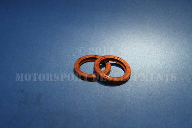 YB 4wd Camshaft Oil Seals IN VITON